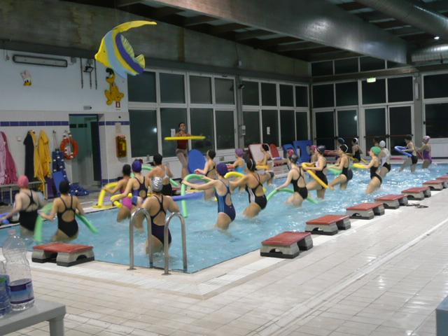 Ripartono luned 9 settembre i corsi alla piscina comunale - Piscina comunale livorno corsi acquagym ...