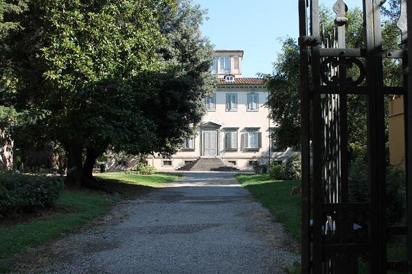 Villa Bottini. Esterno. www.luccacitta.net